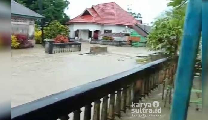 Nampak banjir bah luapan sungai Munse Kecamatan Wawonii Timur Kabupaten Konawe Kepulauan