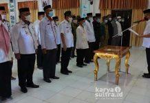 Ruksamin Bupati Konawe Utara Saat Mengukuhkan Forum Kerukunan Umat Beragama (FKUB) Kabupten Konawe Utara.